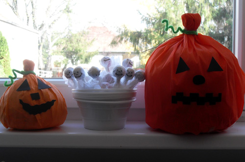 Halloween decoration and ghost lollipops